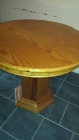 Extendable table or chairs