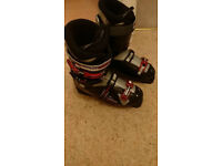 Wedze ski boots size 9