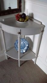 Vintage/Shabby Chic Corner Table