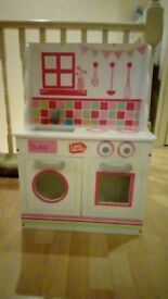 2 in 1 Chad Valley doll house/ kitchen