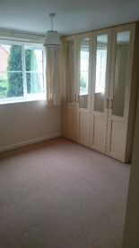 Double furnished room to share in Whiteley