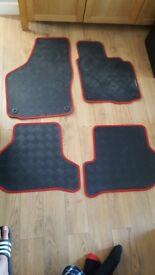 Vw golf mk 6 2008 to 2013 full set of non slip rubber car mats hardly used .07971329291