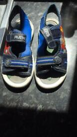 Boys avengers sandals size 12 in excellent condition . . Collection lu1