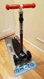Micro maxi scooter 5 (flashing wheels)