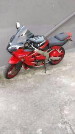 Kawasaki ninja zx6r 2000 model J1 urgent
