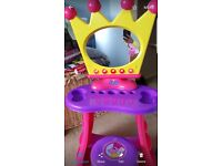 Peppa pig dressing table and stool