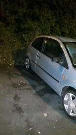Ford fiesta £175 good car need new gearbox