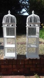 2 Shelving units for sale.....£15 the pair.