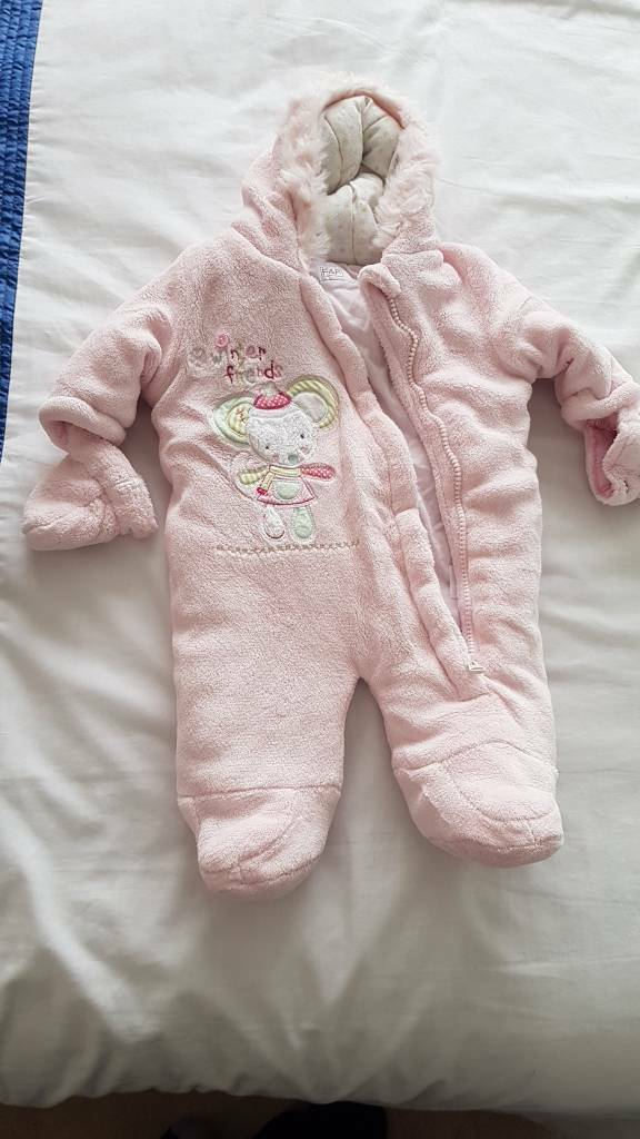 933a1cf1c67c Pink baby Snowsuit age 0-3 months with detachable mittens