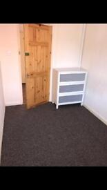 ROOMS TO LET ASAP IN B23!!