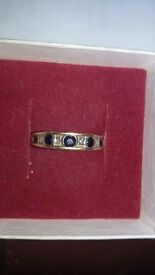 Gold ring small size o i think