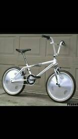 WANTED OLD SCHOOL BMX BIKES AND PARTS