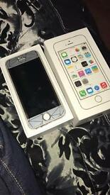 IPhone 5s 16gb white gold unlocked