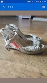 wedges shoes size 3 retro floral lace