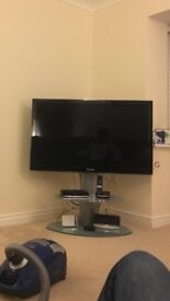 Off The Wall TV Stand, Glass & Chrome, excellent condition
