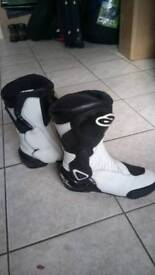 Alsager, Alpinestars SMX 6 M/cycle boots