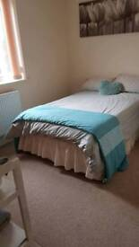 Double room to rent mon-fri