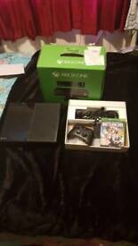 Xbox one 500gb with 1 game and controller