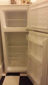 Cheap Fridge Freezer for Sale, Excellent condition, Croydon location, possible delivery