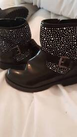 Lelli kelly size 9 like new