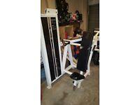 shoulder press and chest press machien good working order