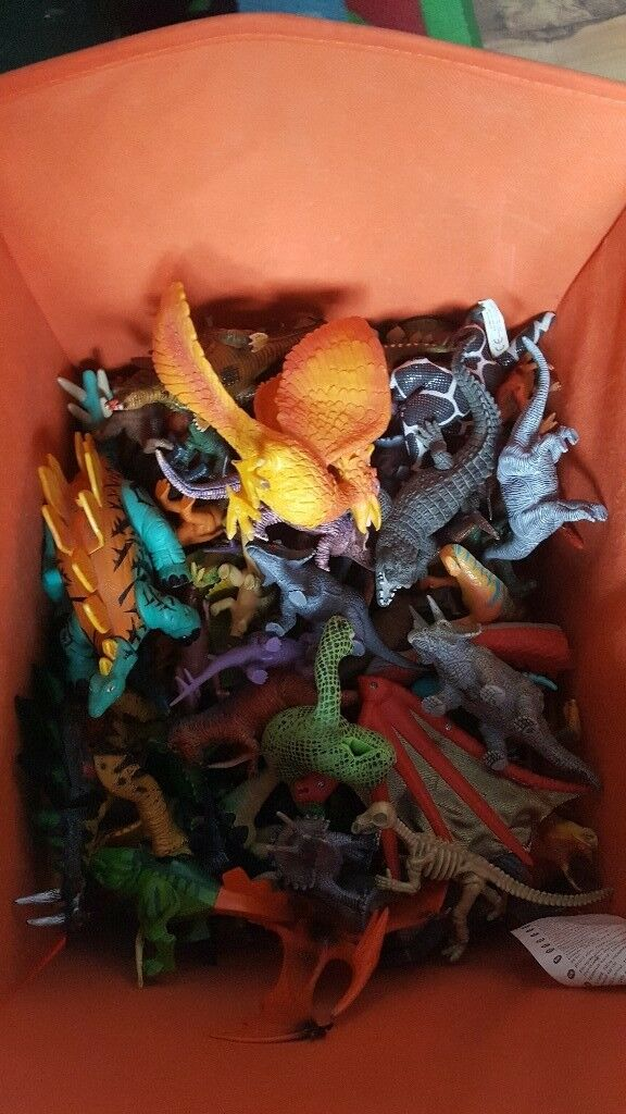 Box of dinosaurs , all kinds