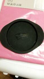 Silicone Mini pizza tray/dish/bowl, new, free to collector