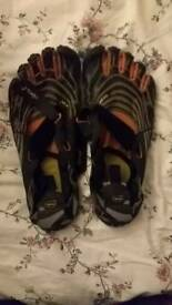 Vibram Finger Shoes Size 10