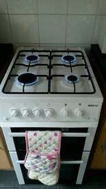 Beko BDG582W Gas hob, oven and grill
