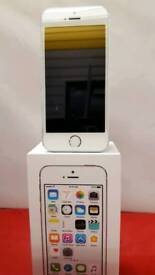 I-PHONE 5S silver 16GB on 3 net. superb condition