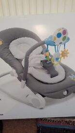 Chicco baby bouncer. Excellent condition.