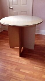 Round Table With Seperate Glass Top