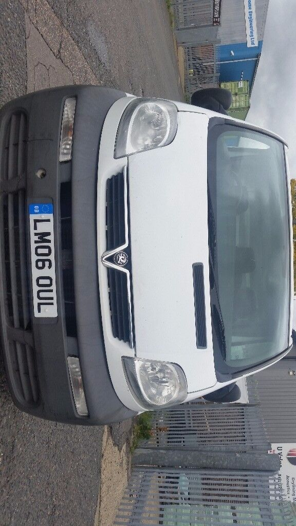 Vauxhall Vivaro same as Trafic Primastar Full service done(cambelt, water pump, tensioner, clutch)