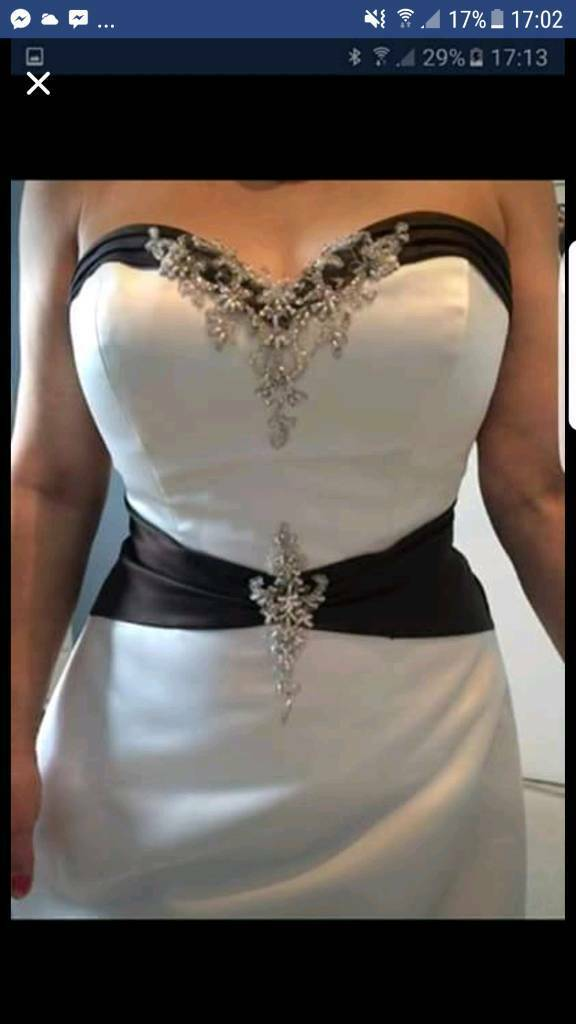 Mori lee wedding dress size 14 champayne and chocolatein Yeovil, SomersetGumtree - This is brand new as wedsing didnt go through i becrudge selling for this cheap as its a beautiful dress but is wasted hanging up. It has lots of detailing on it and zip and glasp fastening to the back