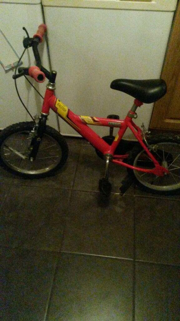 """Raleigh 14"""" bike"""