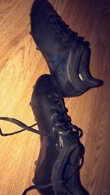 Adidas football boots size 8
