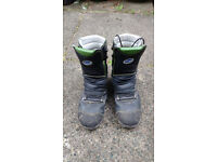 Lavoro chainsaw boots, only been used one week! Ideal for starting out in forestry or tree surgery.
