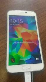 **MINT CONDITION** Samsung Galaxy S5 UNLOCKED 16GB