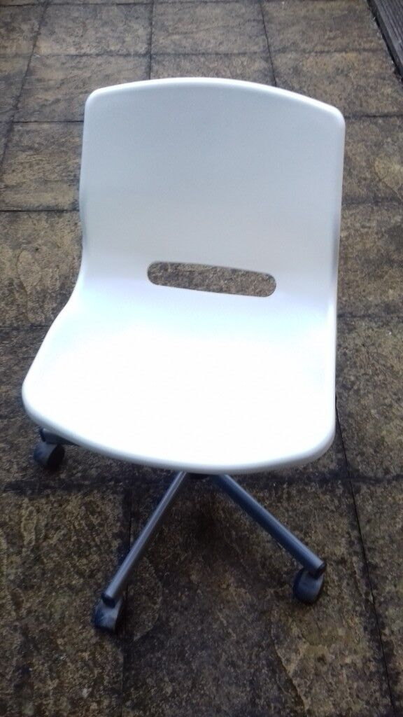 Ikea Snille white plastic office desk chair on wheels children adult  teenage bedroom | in Southampton, Hampshire | Gumtree