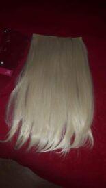 blonde clip in hair (blonde)