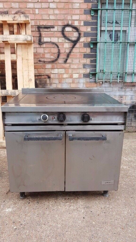 COMMERCIAL CATERING CAFE FALCON DOMINATOR SOLID TOP COOKER NATURAL GAS FALCON SOLID TOP OVEN RANGE