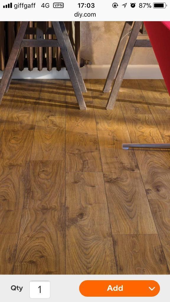 Quickstep Adante Natural Oak Effect Laminate Flooring Image 1 Of 5