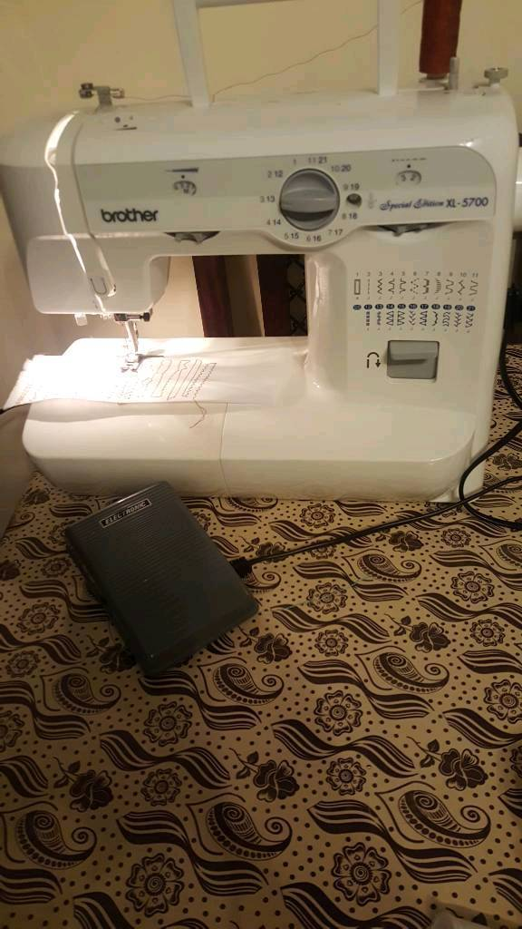 BROTHER SEWING MACHINE SPECIAL EDITION XL-5700