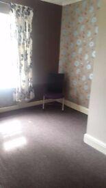 2 BEDROOM DSS WELCOME NO BOND £70 P/W