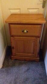 2 wooden bedside cabinets in good condition