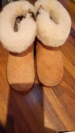 Girls Genuine UGG Boots size 5.