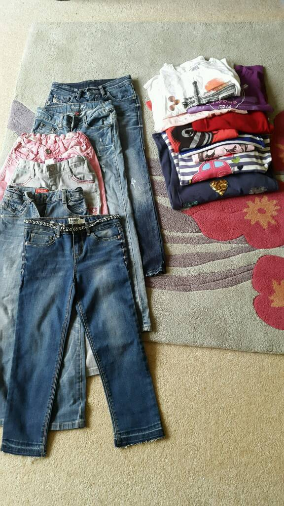 Girls jeans and long sleeve tops size 6,7,8 years