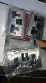 Wall sockets metal x3