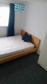Furnished double room in quiet house share £400 pcm incl bills
