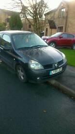 Renault clio £300